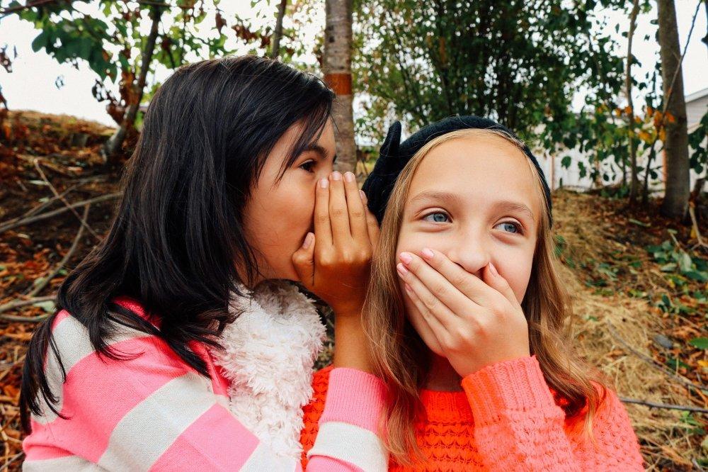 girls-whispering
